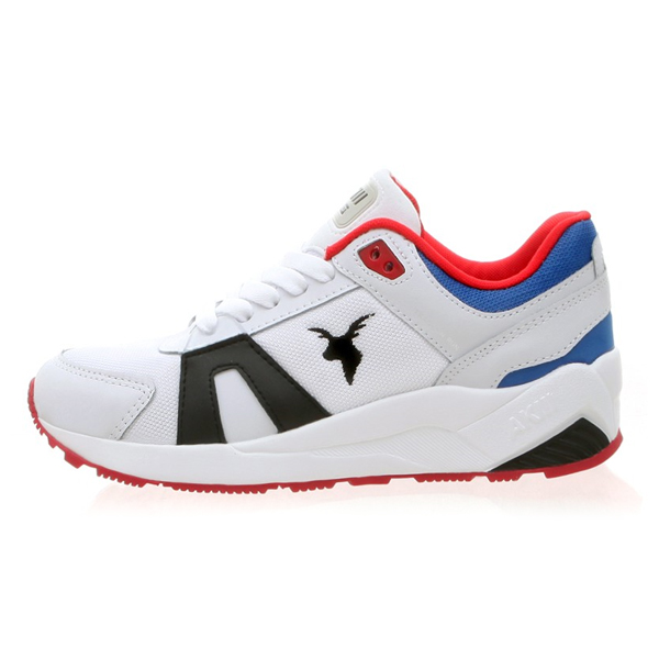 """<b><font color=""""blue"""">★ ★ Running Shoes</font></b> <br> AKIII CLASSIC  <BR>  Traction <BR> White / Red / Blue"""