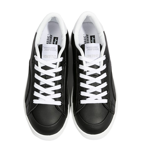 """<b><font color=""""red"""">Sneakers New Release!</font></b> <br> AKIII CLASSIC Vancouver <BR> Black"""