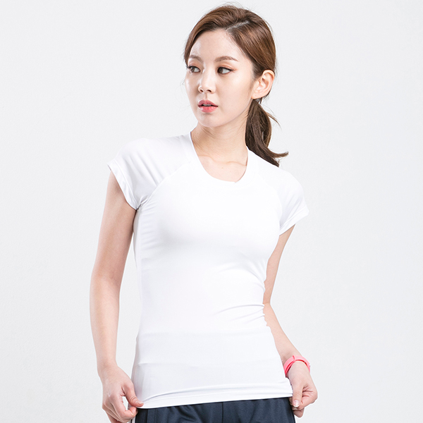 AKIII CLASSIC  <br> AT-0106 white <br> Built-pad Basic Short-sleeve T-shirt
