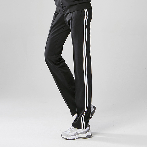 <b><font color=red>AKIII CLASSIC Training Released!</font></b> <br> 2-line track pants [unisex]