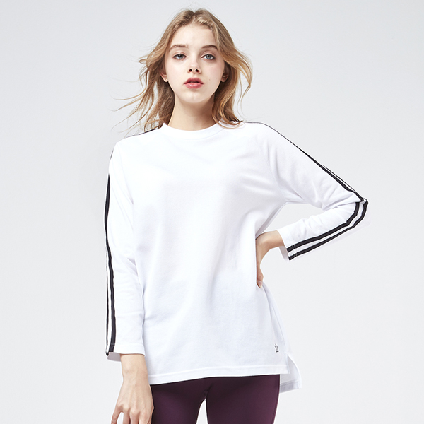 <b><font color=red>AKIII CLASSIC New Products!</font></b> <br> 2 Line Long T-shirt